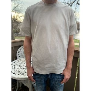 Croft & barrow short sleeve t-shirt biege large